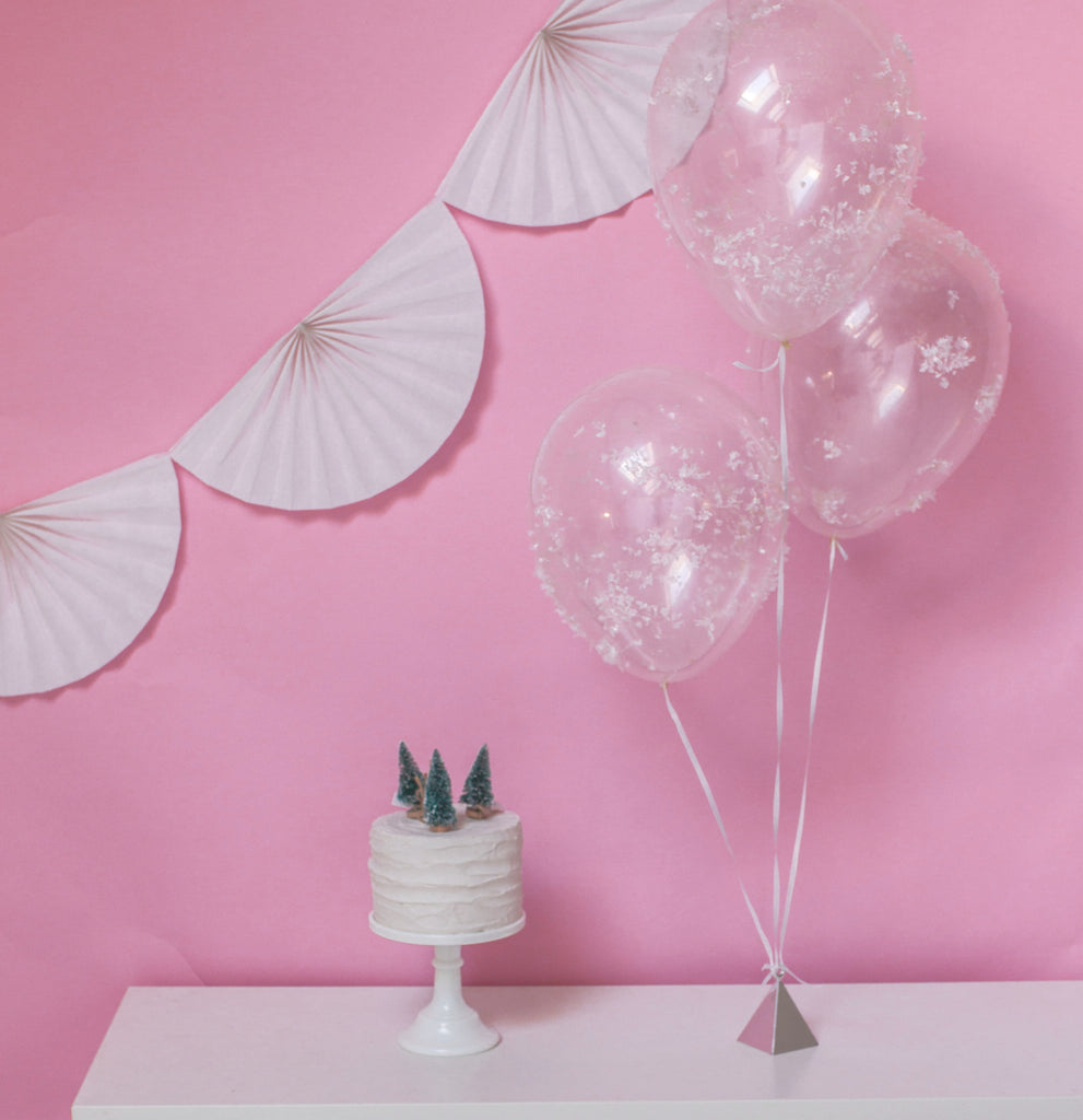 DIY Snowy Frosted Balloons