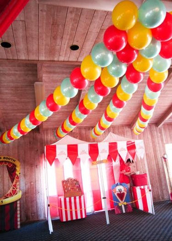 Balloon ideas without helium pretty little party ideas for Balloon string decorations