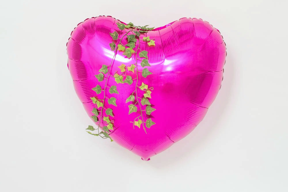 Poisoned Ivy Heart Balloon