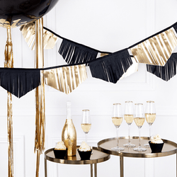 Black and Gold Party Garland Backdrop | New Years Eve Party