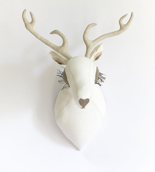 Deer Head: White with natural Antlers