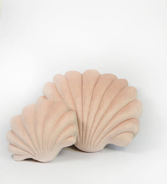 Shell Pillow in velvet- Small Pillow