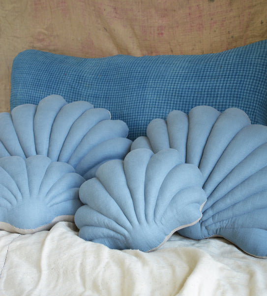 ~ NEW ~ Shell pillows in Linen
