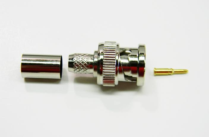 Datcom Realm BNC male crimp connector for RG6 cable .
