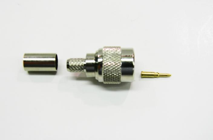 Datcom Realm TNC male crimp connector for RG62/59 cable .