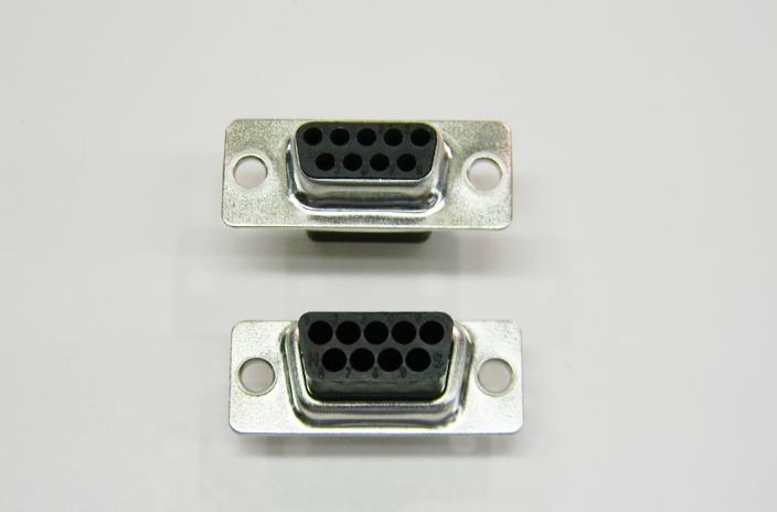 Datcom Realm DB9 female tinned crimp connector