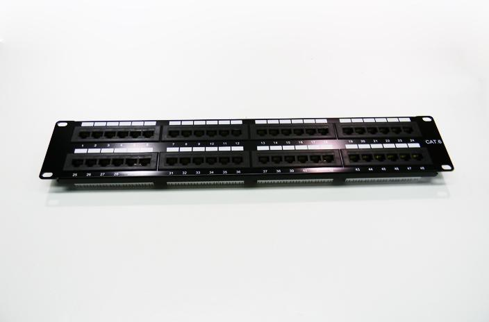 Datcom Realm Cat6 48-port patch panel
