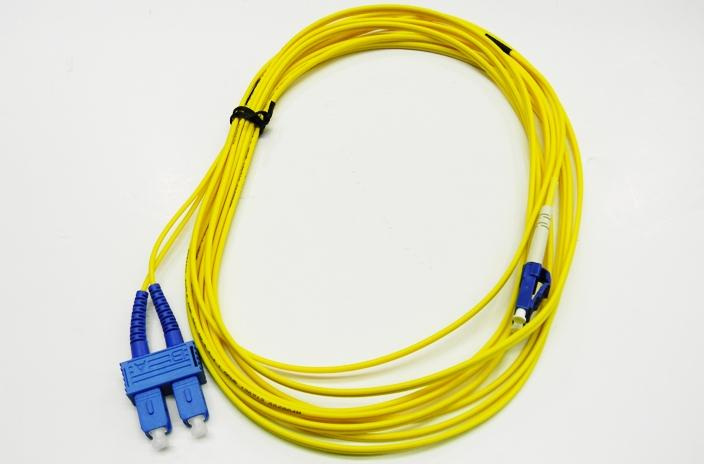 Datcom Realm LC/SC OS2 SM 2mm fiber patch cord x 25ft
