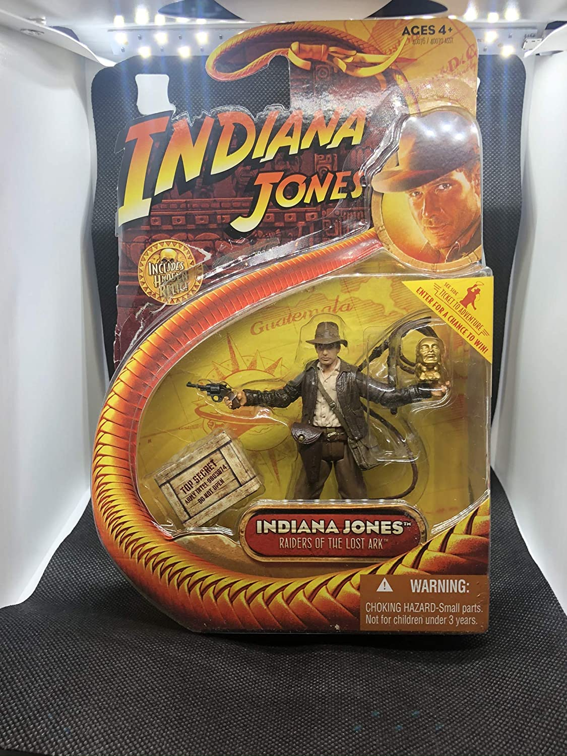 Indiana Jones Figure with Golden Idol 2003 Exclusive Raiders of the Lost Ark