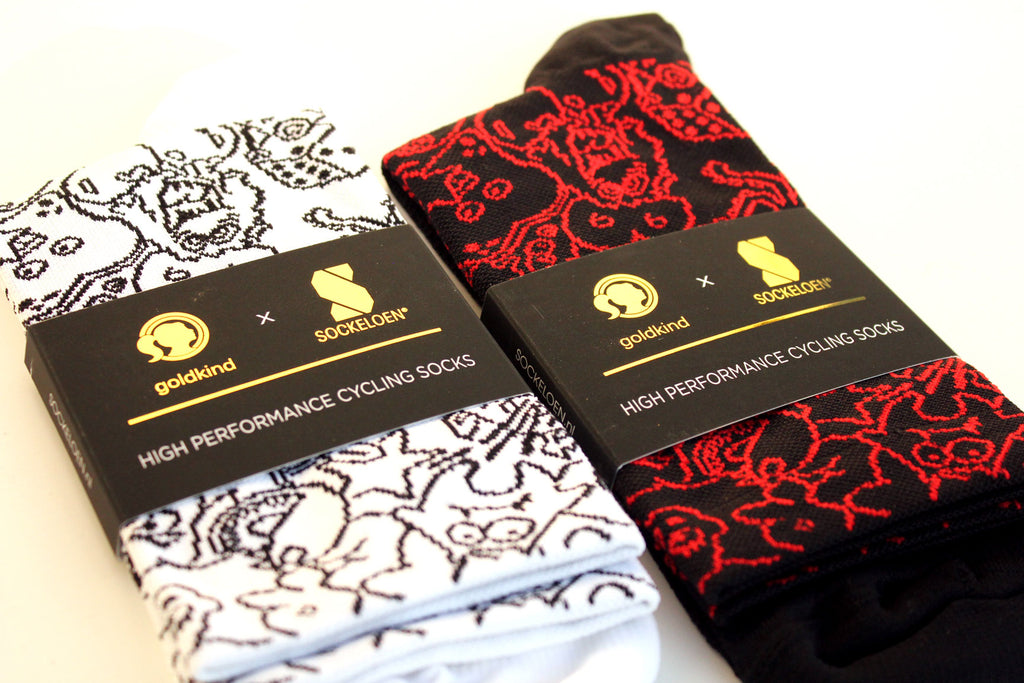 CRAZY PLANET SOCKS BLACK/RED