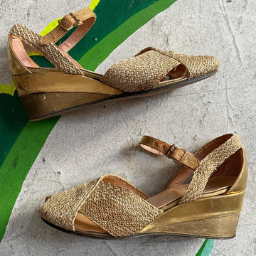 Late 30s early 40s Gold woven platform wedge