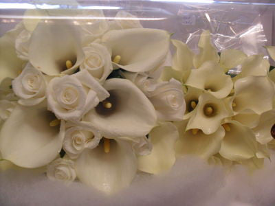 Creamy Callas and White Rose Wedding Bouquet