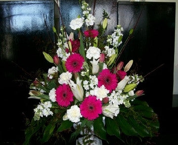 Large Tradtional Styled Arrangement