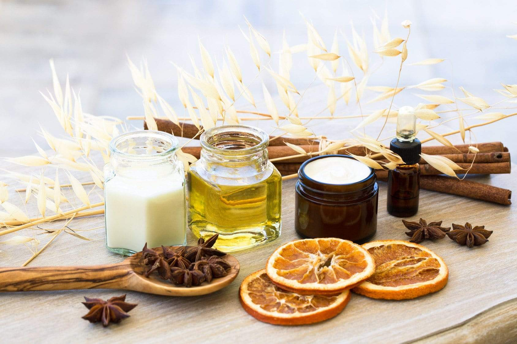 30 Sep 2017 ~ Natural Beauty Product Workshop: Goddess with Essential Oils - Petal and Stem