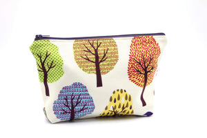 Tree Hug Essential Oil Bag, Travel Bag Set, Cosmetic Cotton Bag, Holiday Gift, Gift for Her - Petal and Stem