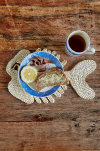 Fish placemat natural