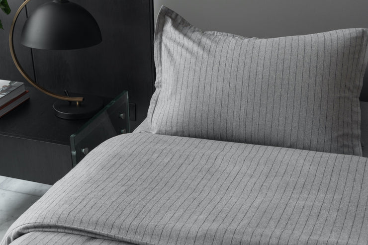 Cozy Flannel Duvet Set - envello