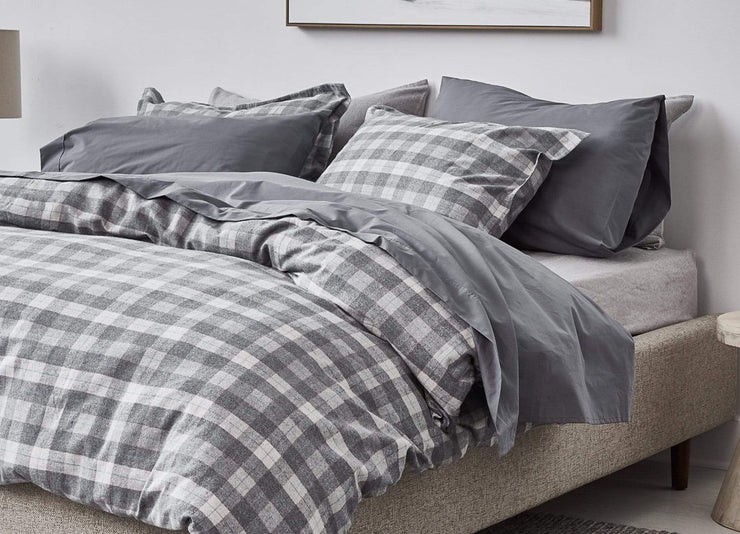 envello dark grey cotton Premium Percale sheet set with Cozy Flannel Plaid duvet set