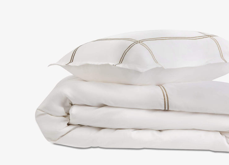 envello Select Sateen white cotton duvet set with beige accent trim