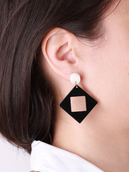 Bophie Deco Earrings - Black Square