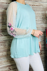 DL0352 Aqua embroidery lace sleeve top