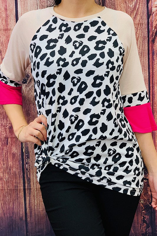 GJQ7426 Leopard printed top w color-block 3/4 sleeves