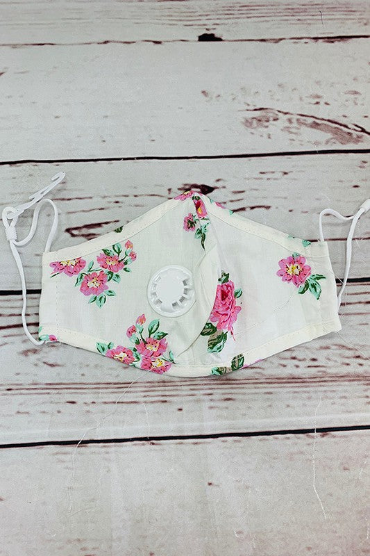 Floral printed adjustable & washable face mask w/5 filters included. 3pcs for $10.50