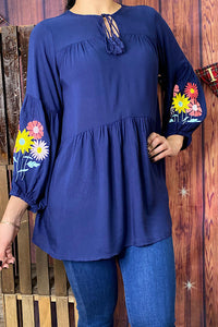 FW4113 Navy blue floral embroidered top