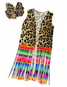 LEOPARD PRINTED DUSTER WITH SERAPE PRINTED FRINGE. KS-DLH4512K-1