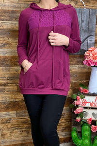 FW5615 Solid plum color pullover sweater with lace detail