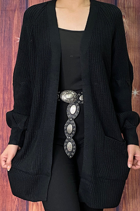 LW7818 Solid black knitted cardigan w/bubble sleeves