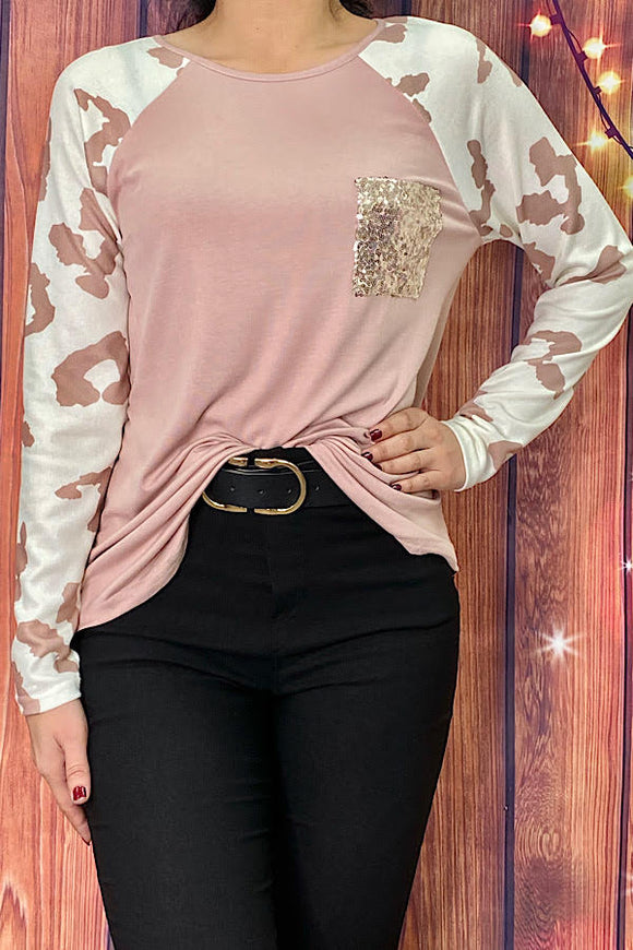 BQ7961 Pink cow printed long sleeve top w/ sequins front pocket