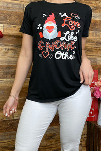 "DLH8905 ""A love like gnome other"" black printed t-shirt"