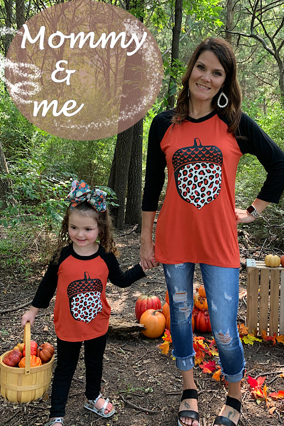 MOMMY & ME ACORN PRINTED TOP WITH 3/4 SLEEVE. DLH7561