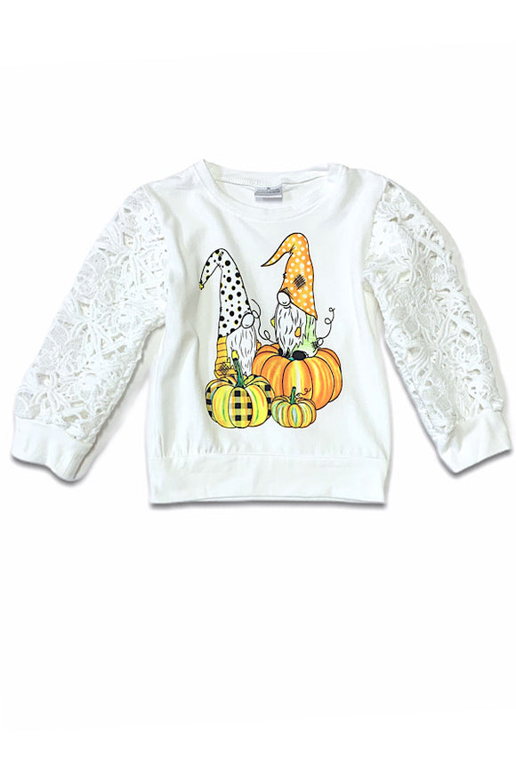 GNOME ON PUMPKIN PRINTED LONG SLEEVE TOP WITH LACE SLEEVES. CXSY-540665
