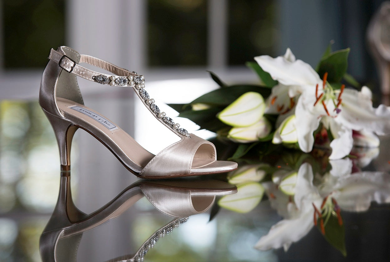 Free bridal shoes Melanie Jayne Promotion