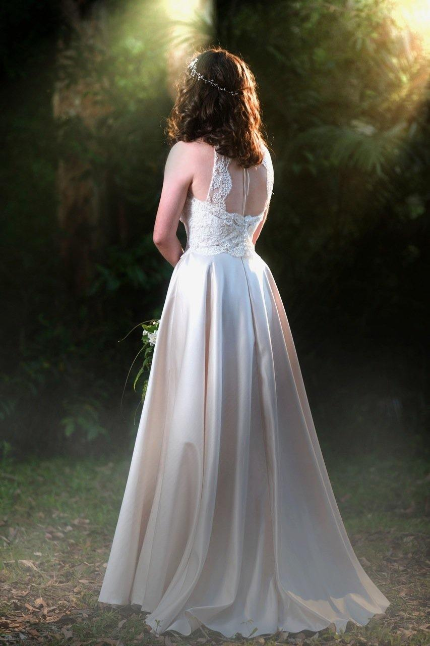 dreamy bridal gown, champagne wedding skirt