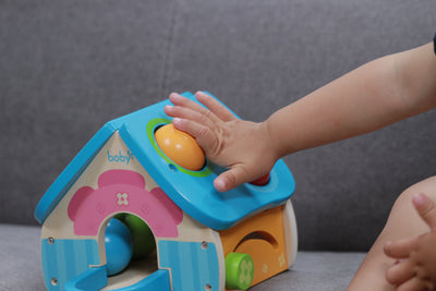 Wooden Toy Pounding House with Toy Hammer