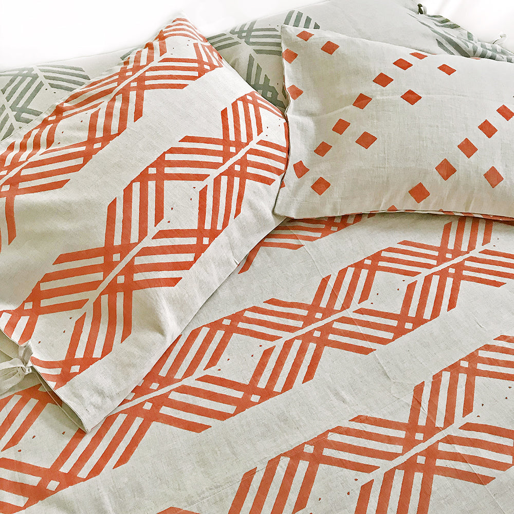 MATTER X Tilonia® Queen Duvet Set in Leharia in Papaya