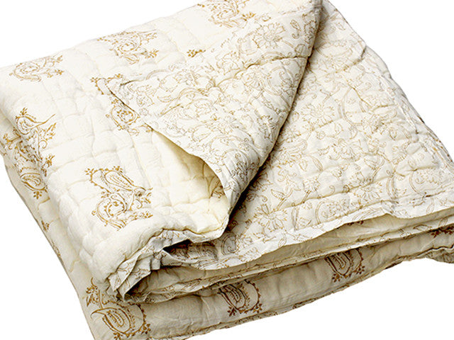 Tilonia® Queen Quilt - Fancy Paisley in Gold from Sprout Enterprise®