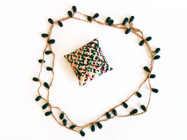Colectivo 1050º Beaded Necklace - Marròn from Sprout Enterprise®