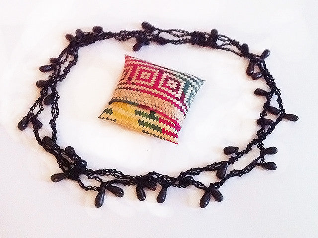 Colectivo 1050º Beaded Necklace   Black
