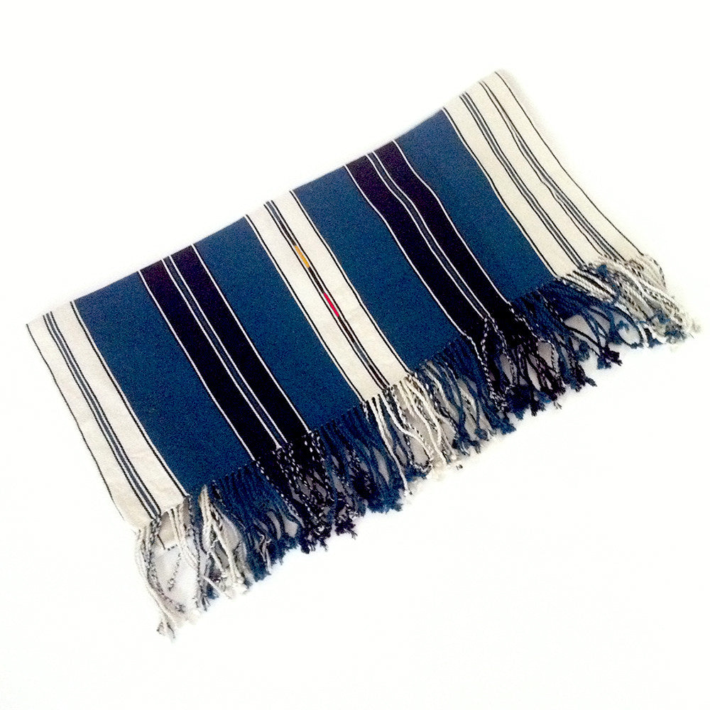 El Camino De Los Altos Striped Shawl   Toj