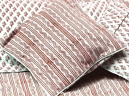 Tilonia® Decorative Pillow Cover - Centipede Stripe in Cranberry