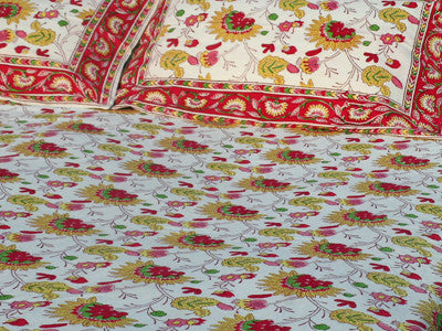 Tilonia® Queen Duvet Set - Tropical Red Floral from Sprout Enterprise®