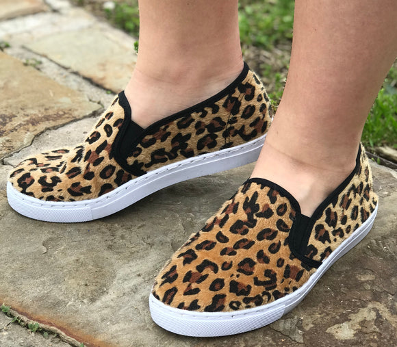 Adult-leopard shoes