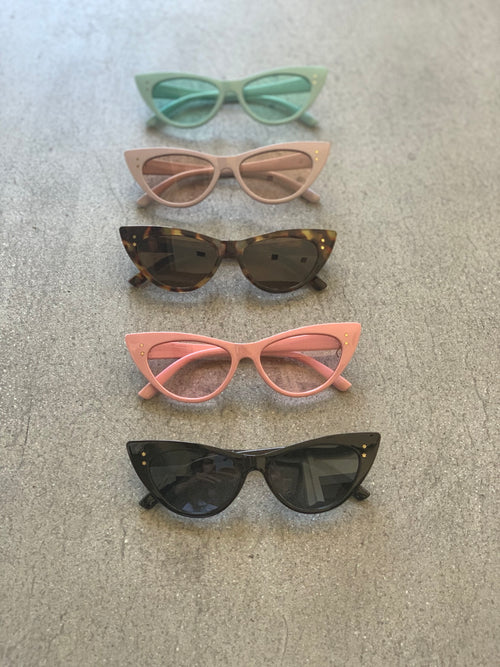 Throwing Shade Sunnies - FINAL SALE