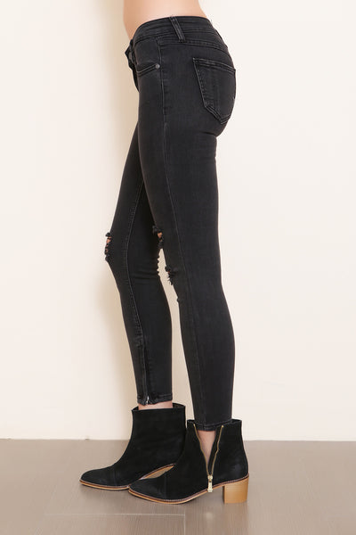 Fade To Black Skinny Jean