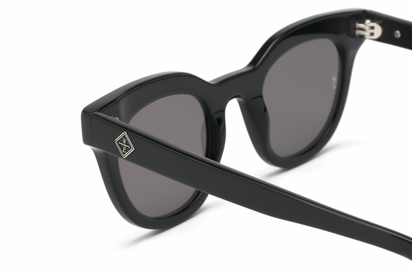 Perris Sunglasses by Wonderland