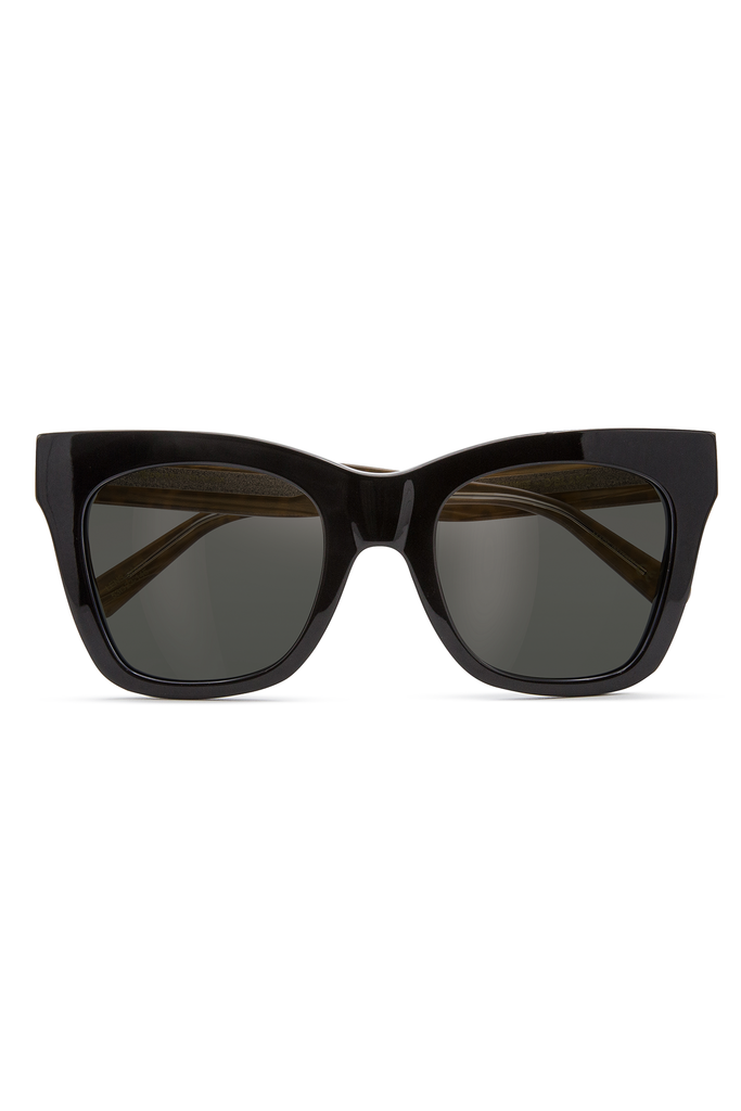 Beach Vida Sunglasses by Amuse For D'Blanc